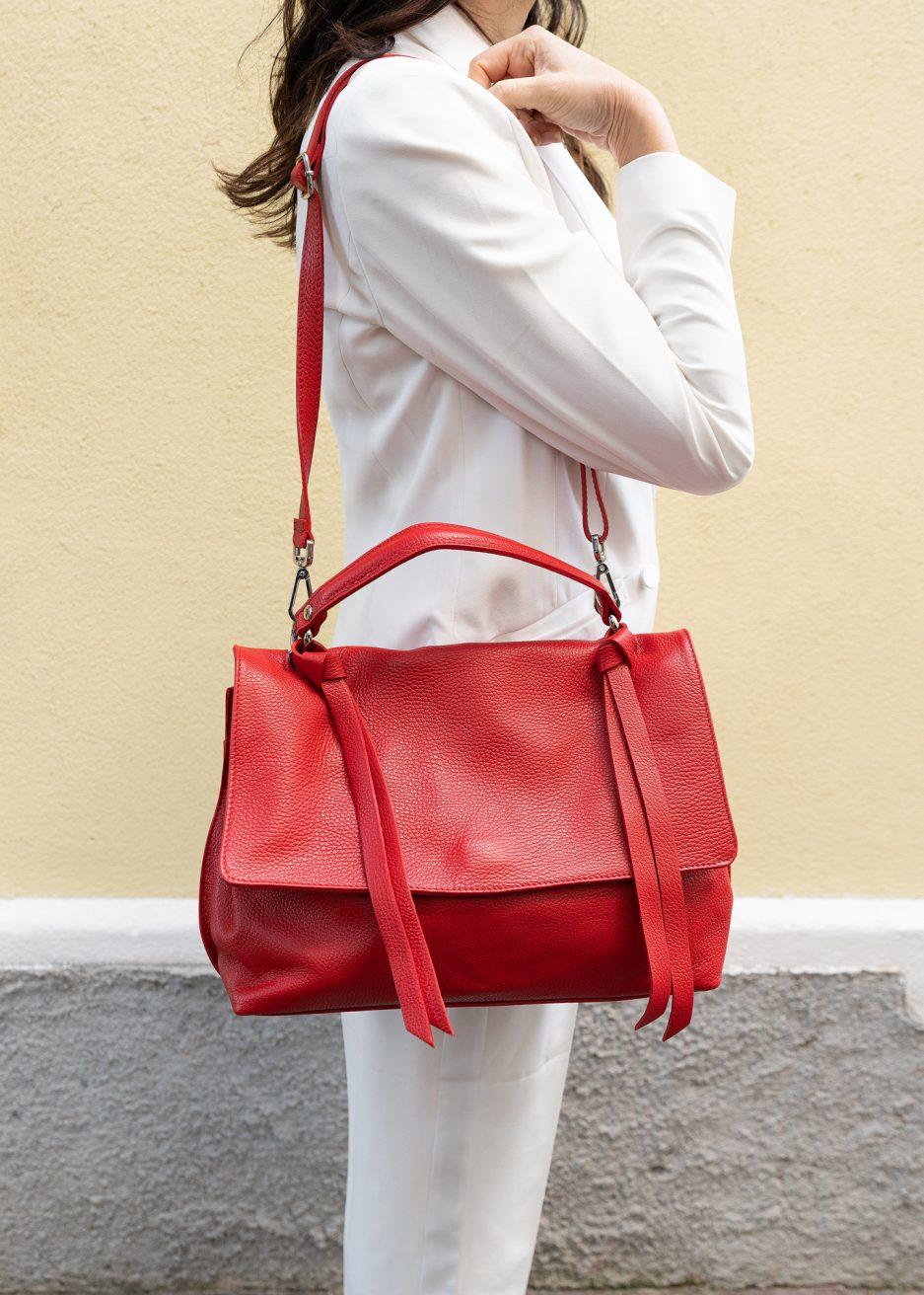 borsa postina rossa