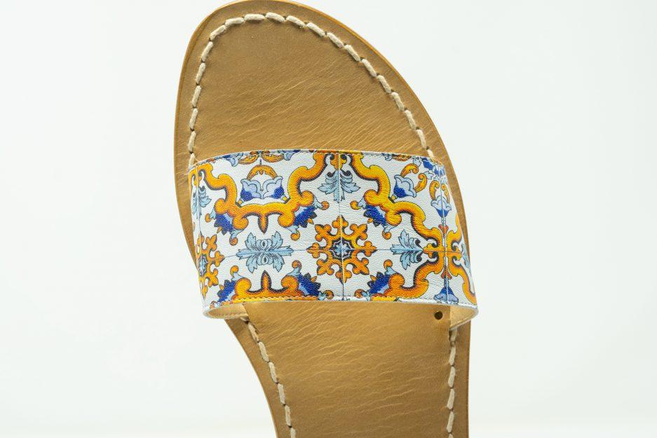 sandali moda essenziale