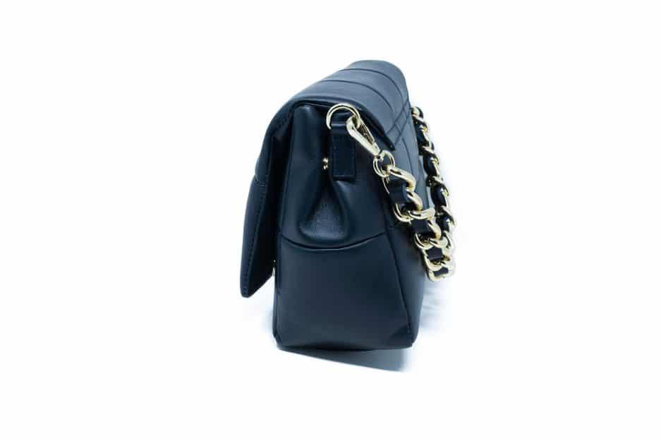 borsa blu pelle chanel